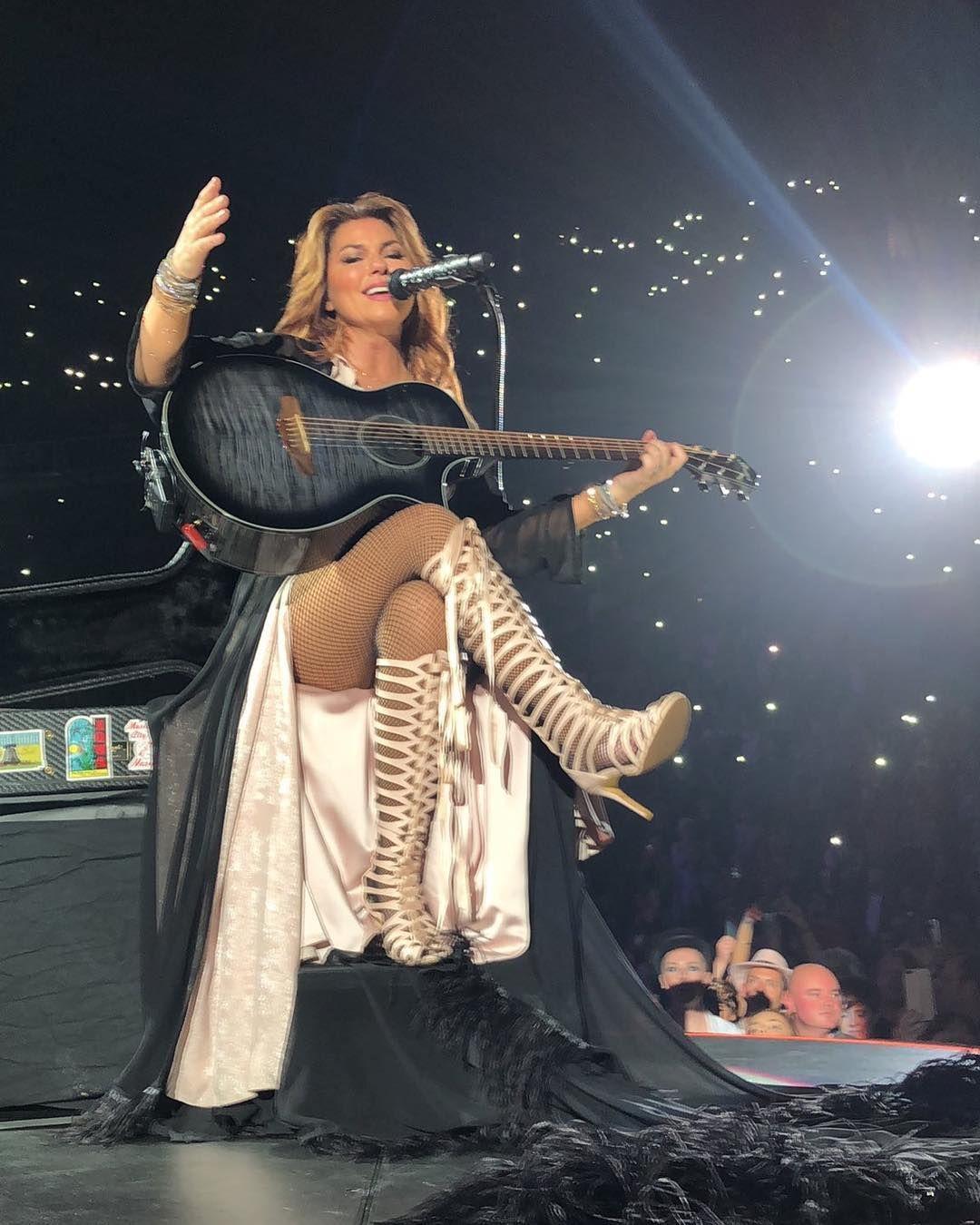 Shania Twain  Shania Twain In 2019  Country Music -3127