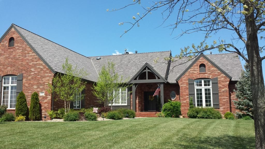 Worry Free During A Hail Storm With Davinci Roofscapes Polymer Roof Tiles You Can Rest Easy Knowing Your Roof Has Impact Re Homeowner Curb Appeal House Styles