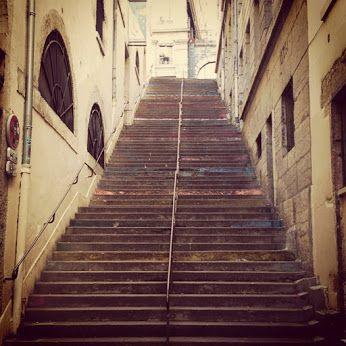 lyon croix rousse escaliers lyon croix rousse france stairs pr s de chez nous. Black Bedroom Furniture Sets. Home Design Ideas