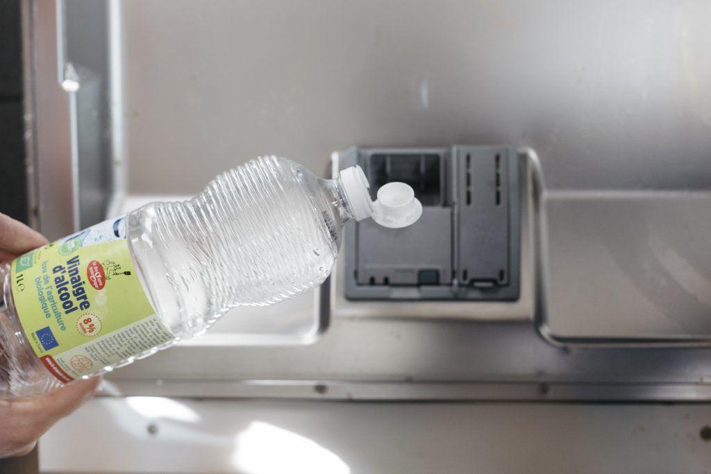 Vous vous êtes aussi déjà demandé comment trouver une alternative aux tablettes lave-vaisselle pour moins polluer? Je me suis posé la question; suite à quelques recherches, j'ai identifié plusieu…