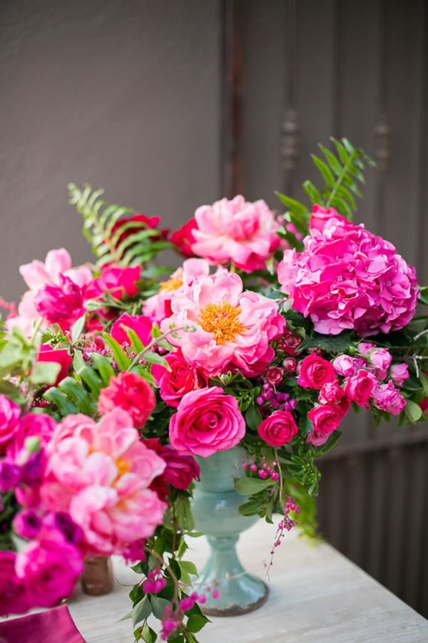 Pretty pink flowers: http://www.stylemepretty.com/living/2015/09/12/hot-pink-floral-filled-birthday-party-in-mexico/ | Photography: Ana & Jerome - http://anaandjerome.com/