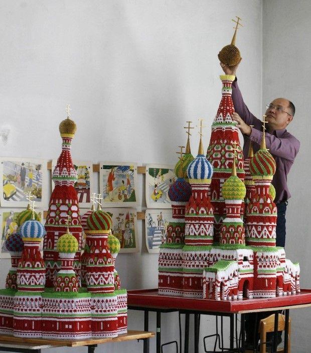 Sergej Tarasov a jeho dychvyrážajúce origami katedraly a chrámy 1