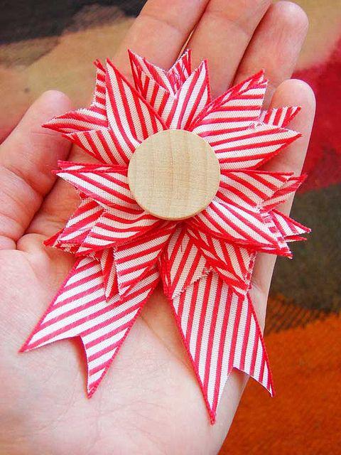 valentine day 8 | DIY Cute Badge | Ribbon crafts, Ribbon