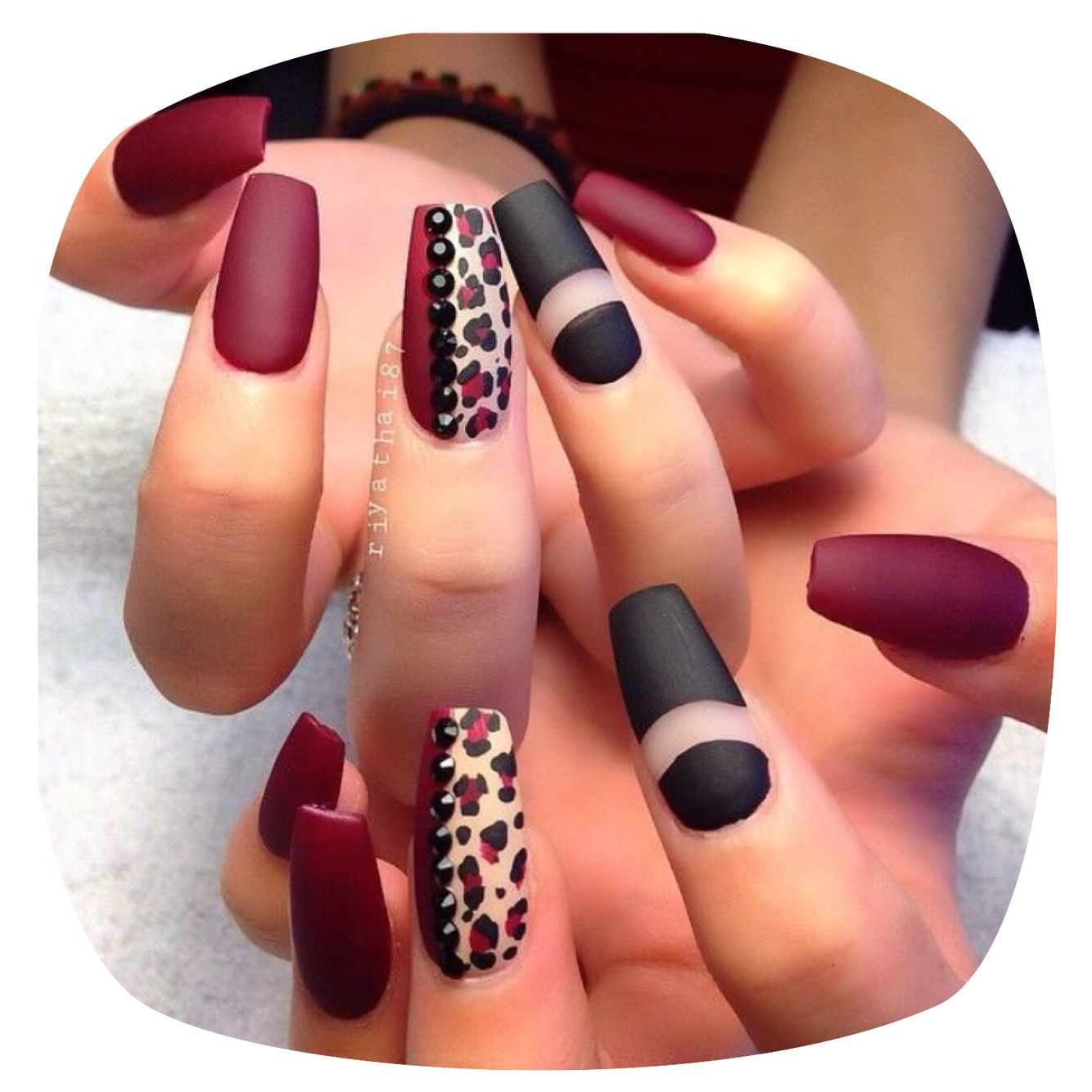 Red Leopard Print Nails Red Leopard print nail...