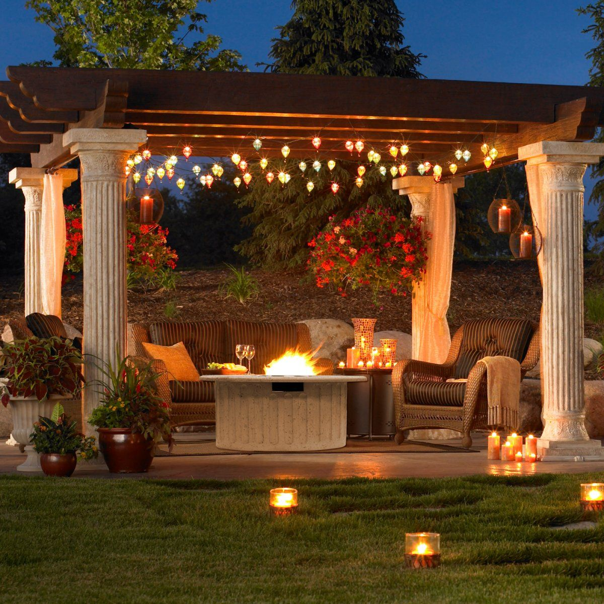 Outdoor GreatRoom Tuscan Gas Fire Pit Table