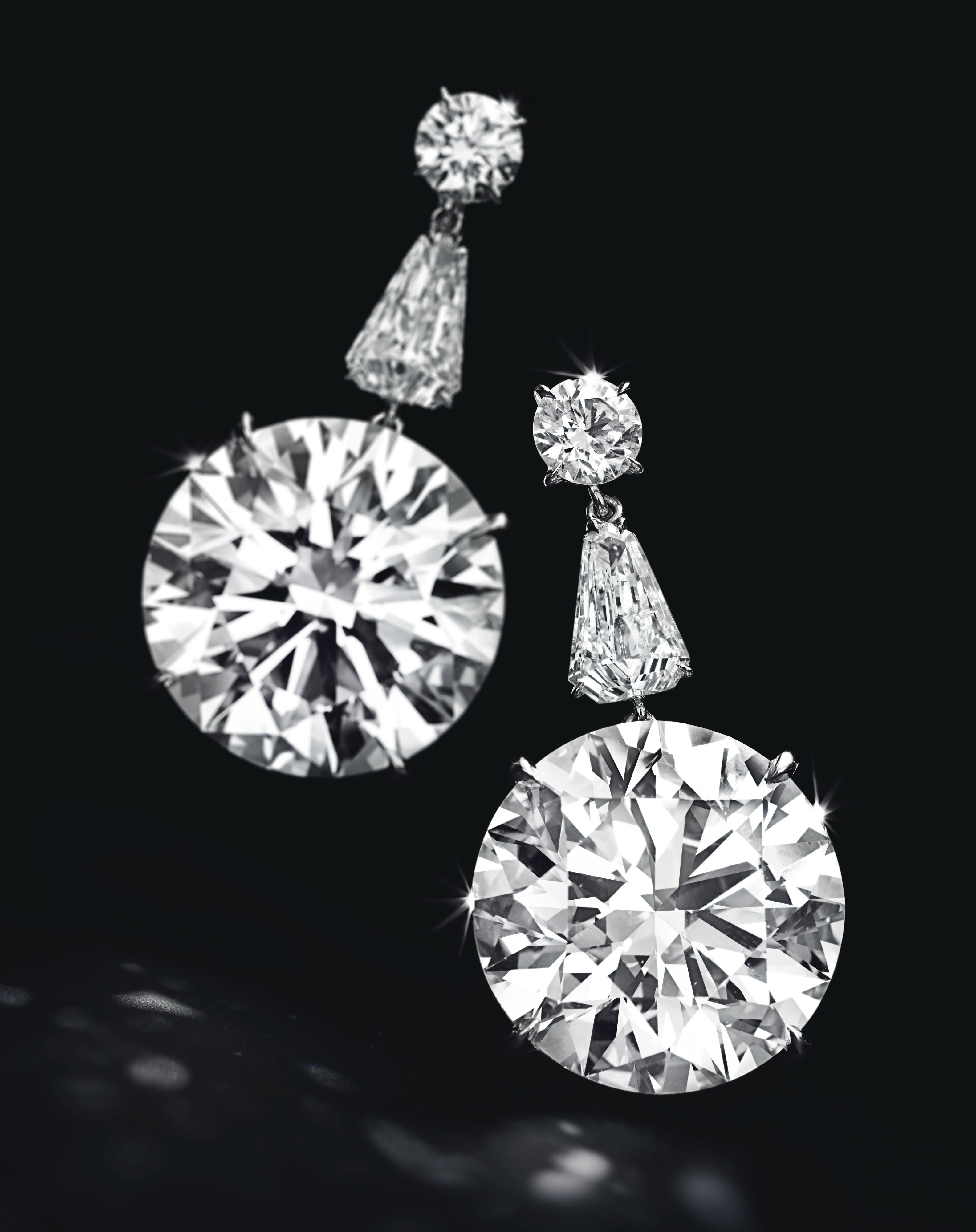 Circular Cut D Color Internally Flawless Diamonds Of 22 60 And 31 Carats Sold For