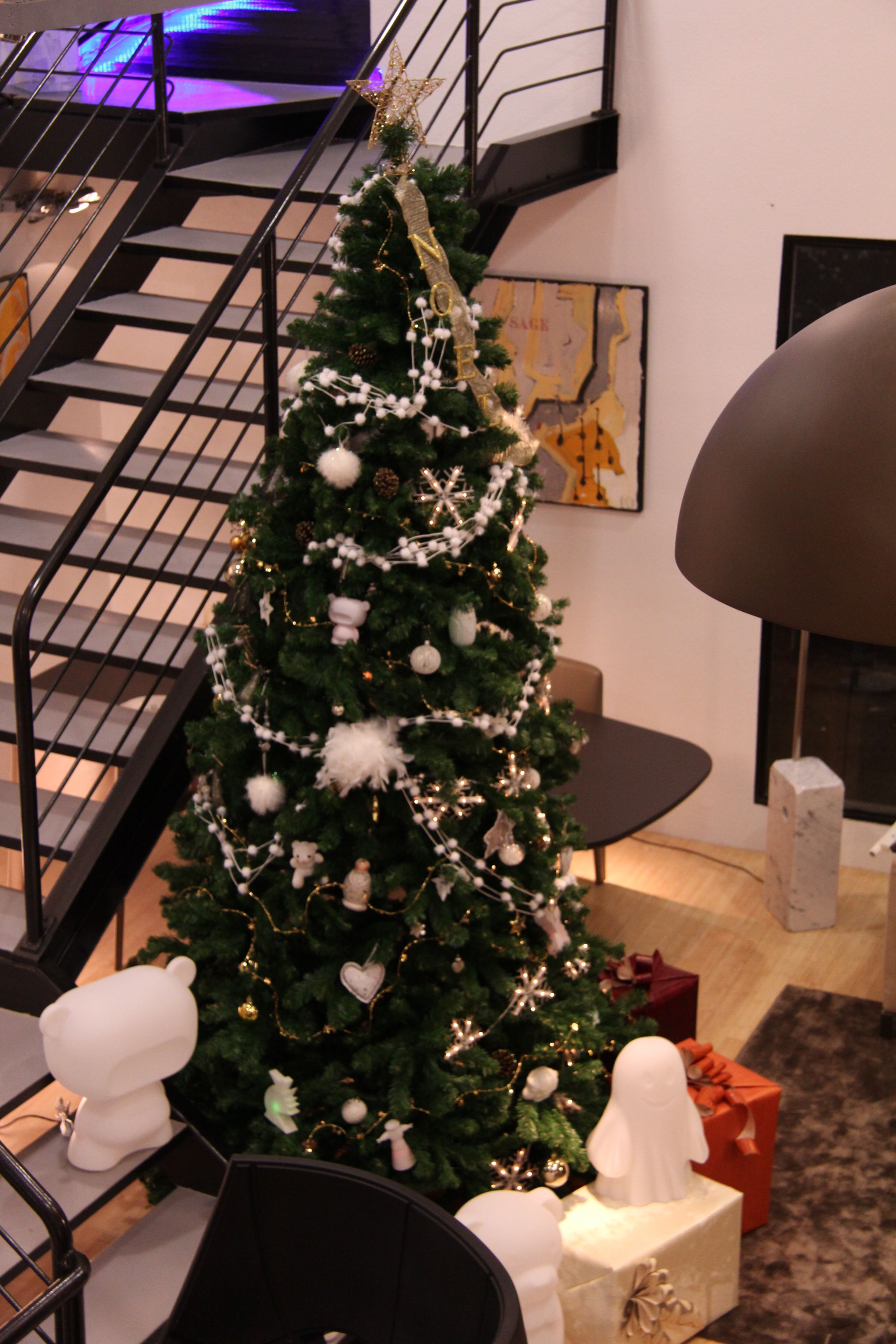 Sapin De 3 M Chez Espace Contemporain Ambiance Noel Noel 2014 Esprit De Noel