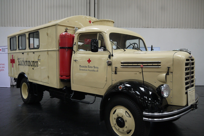 Borgward B4500 Kitchen Food Truck 1958 Legendary Oldtime 1949 Chevrolet Panel Van Side Oldtimerdag Lelystad 2014