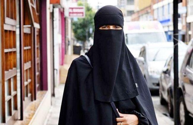 تفسير رؤية فتاة منقبة في المنام ارتداء النقاب النقاب النقاب في المنام تفسير رؤية الفتاة المنقبة Fashion Nun Dress Dresses