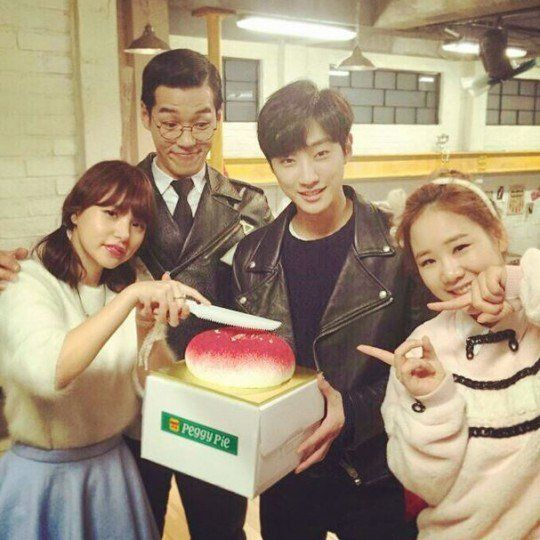 "#MinHyoRin Celebrates Her Birthday With ""Perseverance Goo"