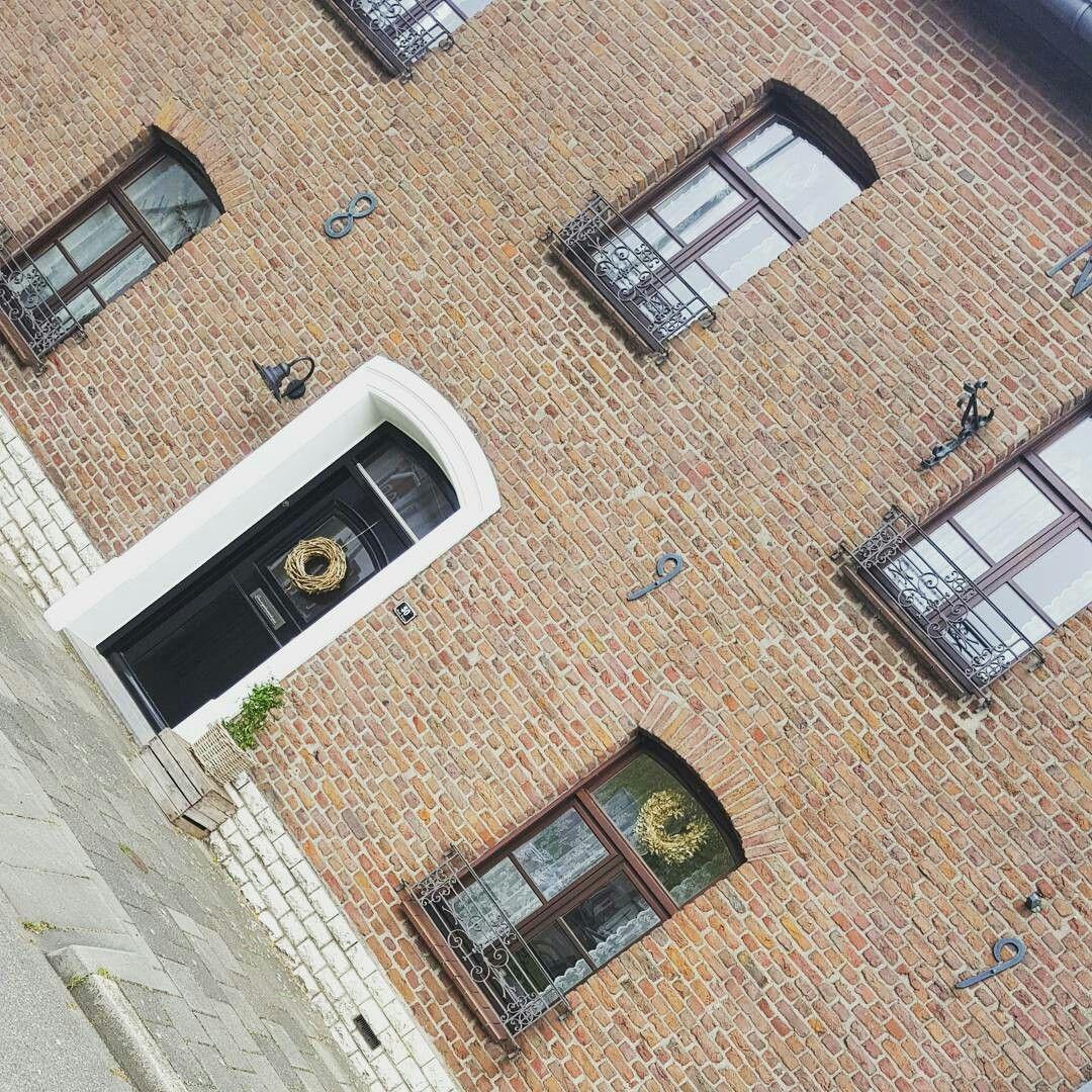 Frontdoor rustic home