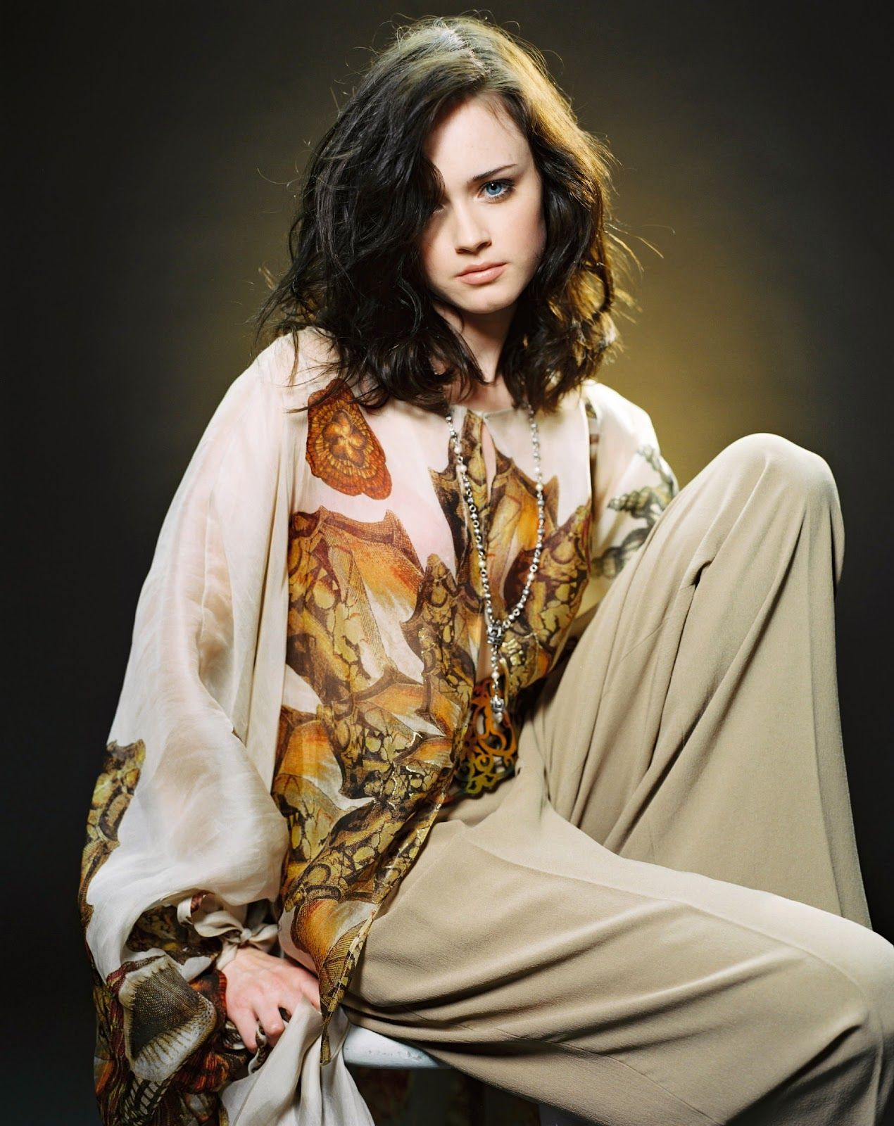Pin On Stars Hollow Alexis bledel hd wallpapers hd images