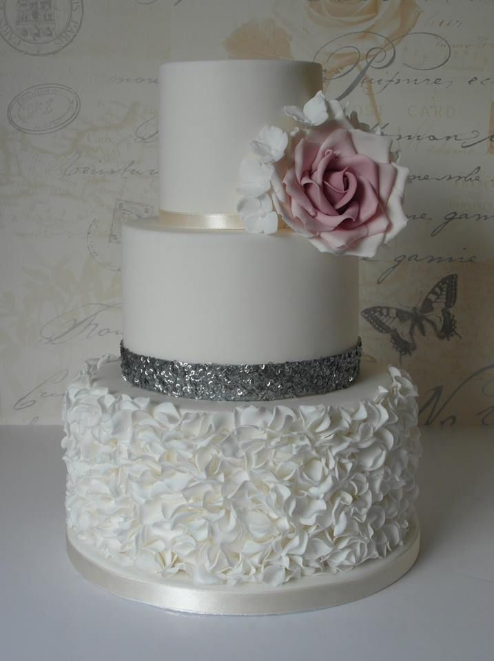 fuschia pink and silver wedding cakes image result for 2 tier wedding cakes pink and silver 14622