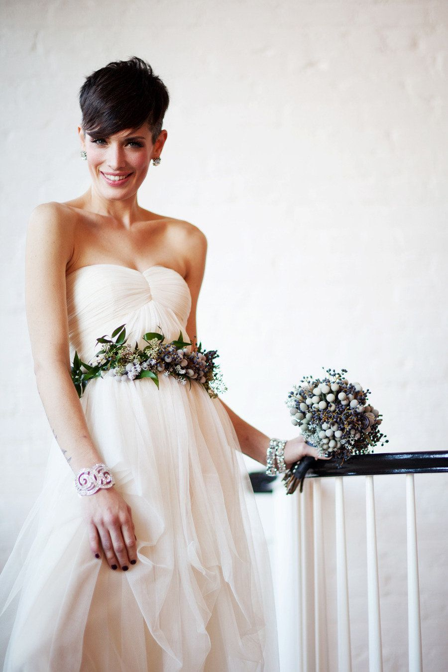 Fresh Flower Wedding Accessories + Hairstyles from Verbena Floral ...