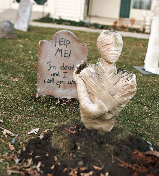 Eerie Outdoor Halloween Decorations Front yards, The fear and How