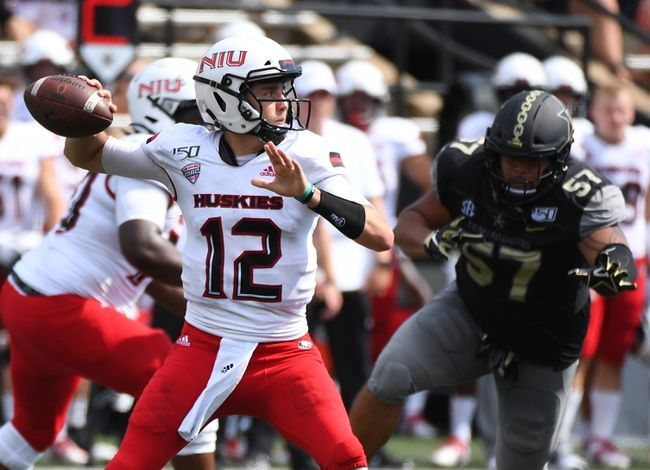 Niu Vs Akron 10 26 19 College Football Pick Odds And Prediction College Football Picks Football Picks Football