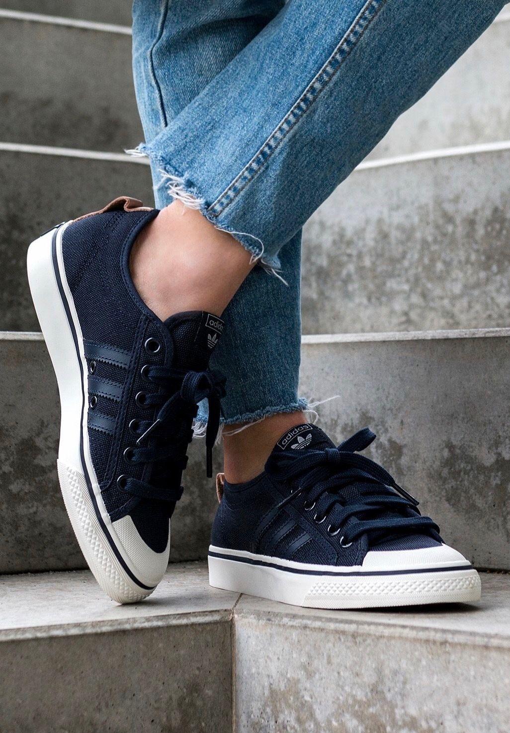 adidas Originals Nizza Low | Calzas, Adidas, Tipos de estilo