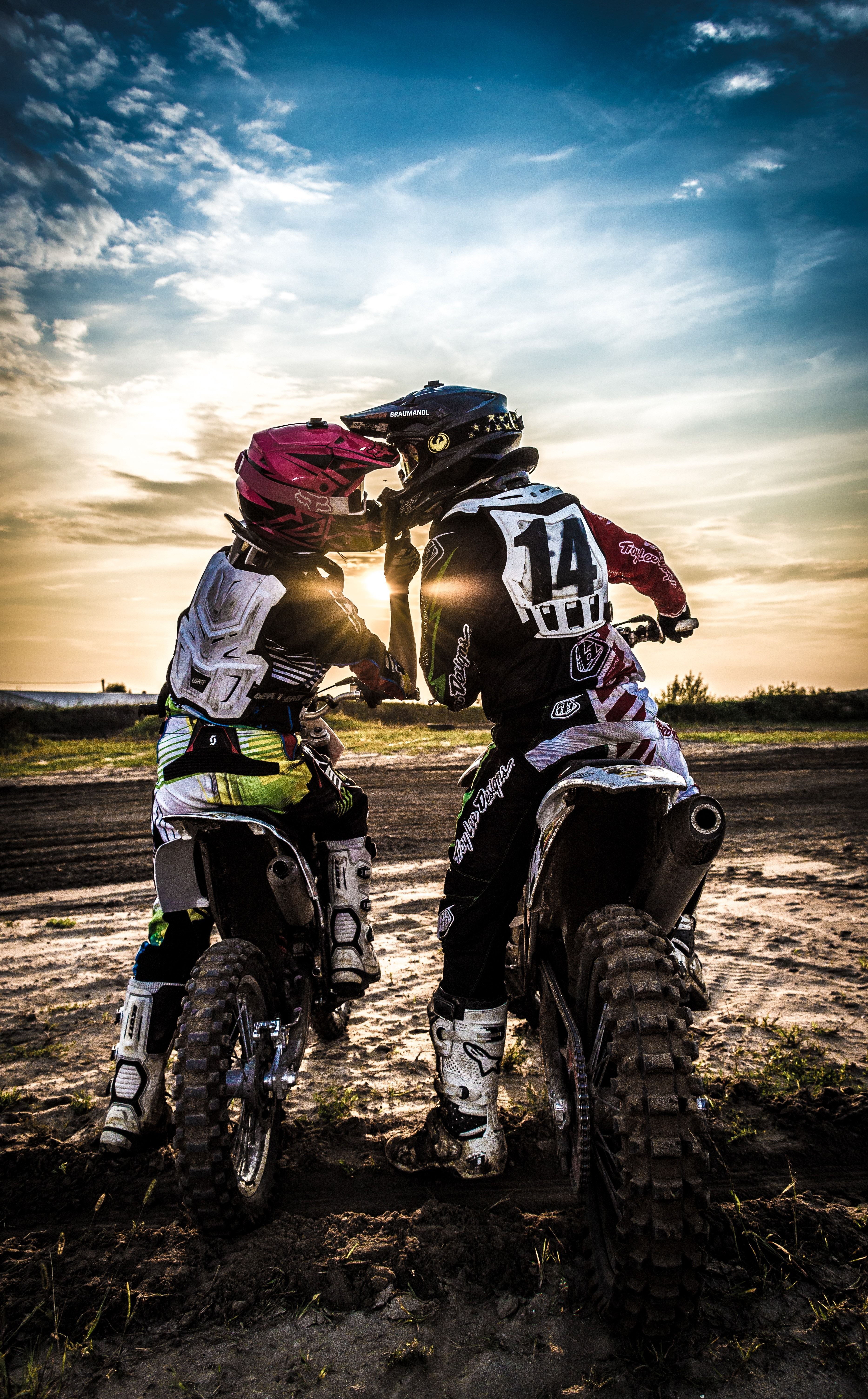 wallpaper motocross 4k celular di 2020 Sepeda motor