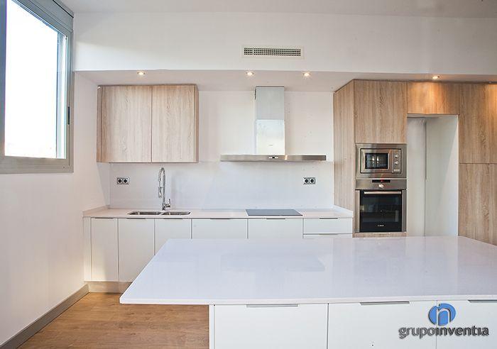 Cocina #moderno #decoracion via @planreforma #encimeras #mobiliario ...