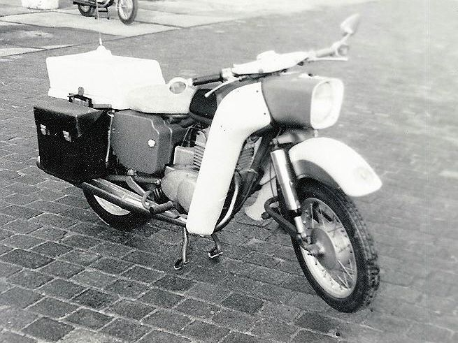 MZ ES 250 Funkkrad der Volkspolizei (The people's police radio Krad)