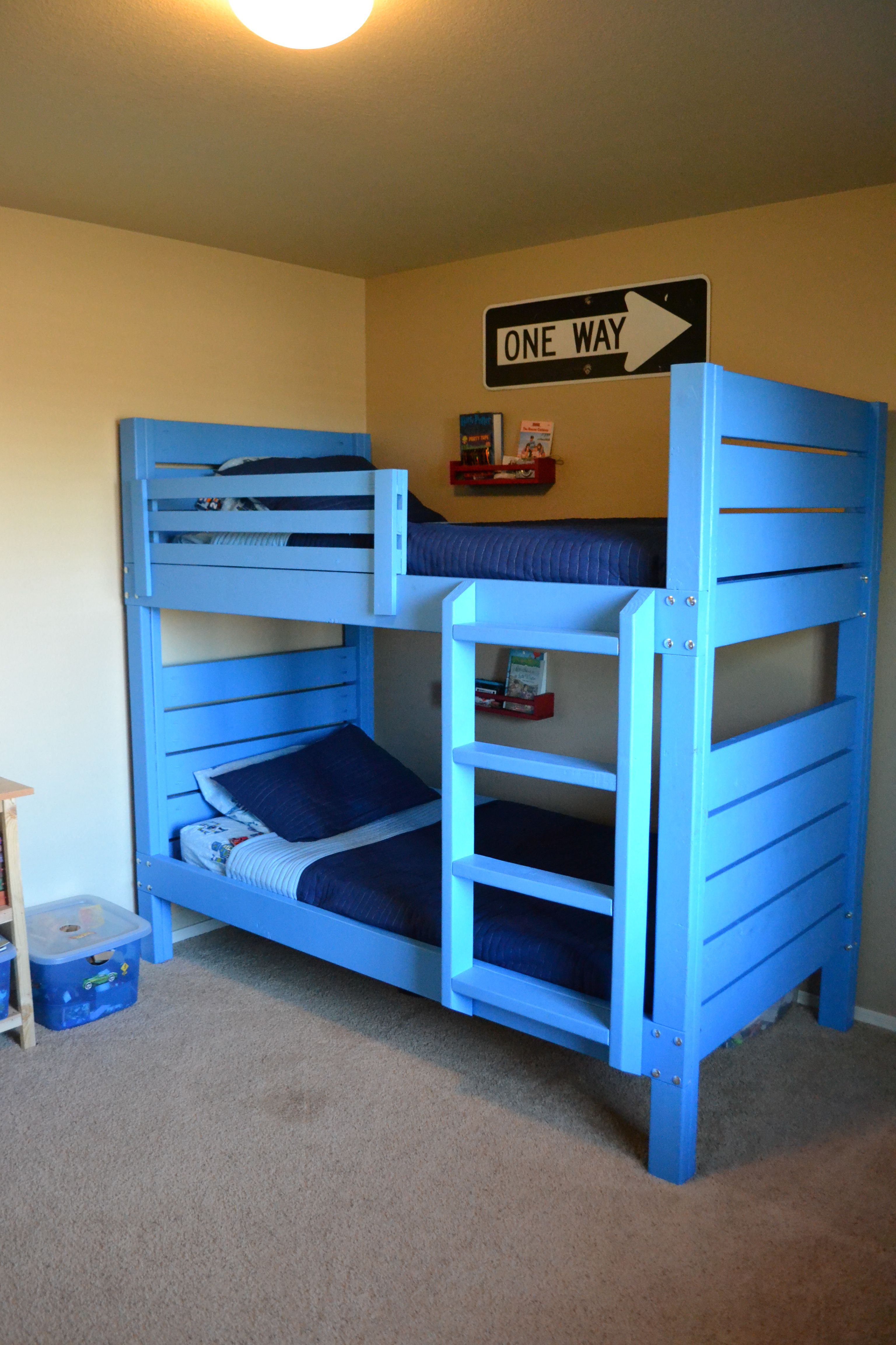 Side Street Bunk Beds (with modified ladder) Do It