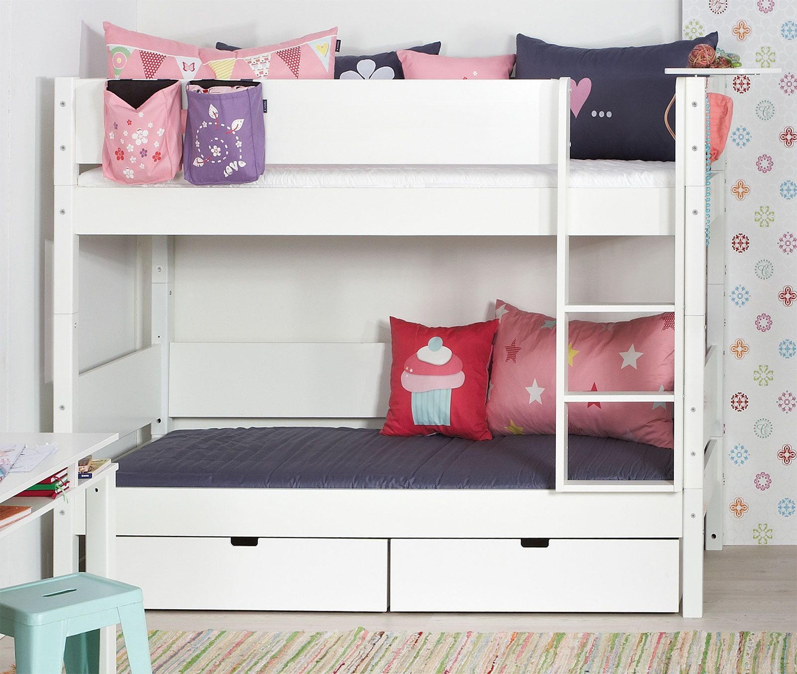 etagenbett kids town moderne etagenbetten etagenbett und hochbetten kinderzimmer. Black Bedroom Furniture Sets. Home Design Ideas