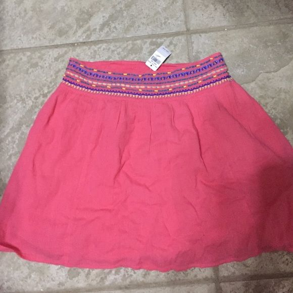 Peach beaded skirt Peach beaded skirt. Never worn. All prices are negotiable don't hesitate to make any offer  aerie Skirts Circle & Skater