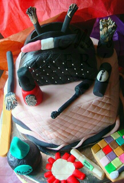 Cake Fit For A DIVA created by Pastry Chef Danielle of Annie