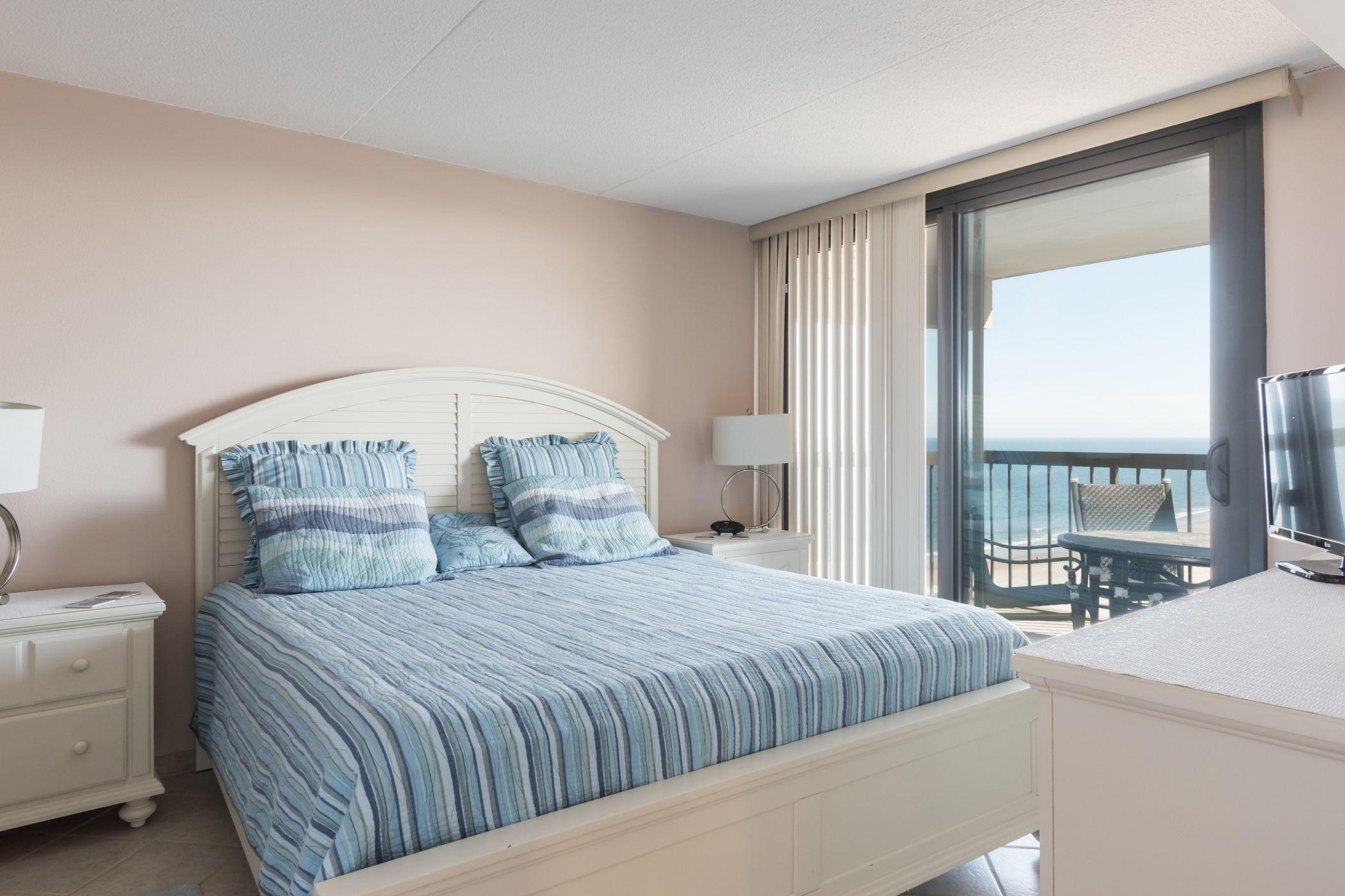 Pin On Sea Watch 1414 Ocean View Condo In Ocean City Md 2 Bedrooms Den 2 Bathrooms