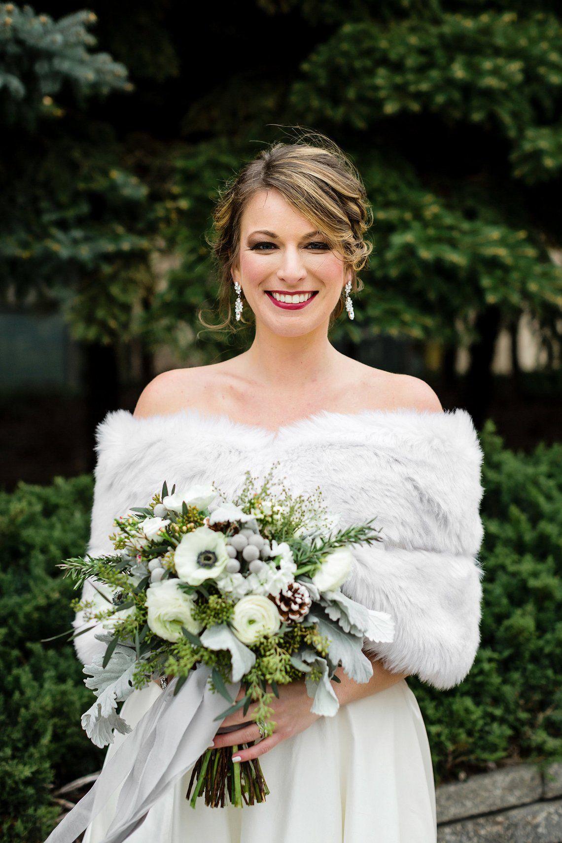 f1057885d7f4d Light Gray faux fur bridal wrap Wedding Fur shrug Grey Fur, Winter ...
