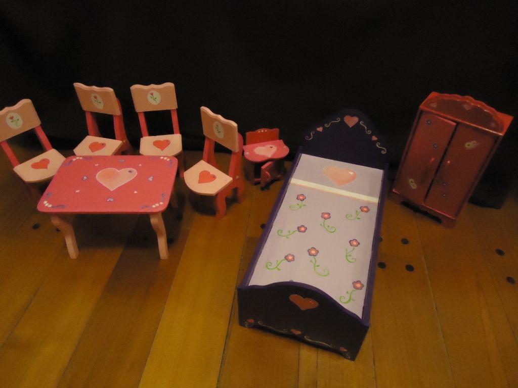 Muebles Para Barbies Pintados Con El Color Y Diseño Que Elijas Muebles Para Muñecas Disenos De Unas Casa De Muñecas