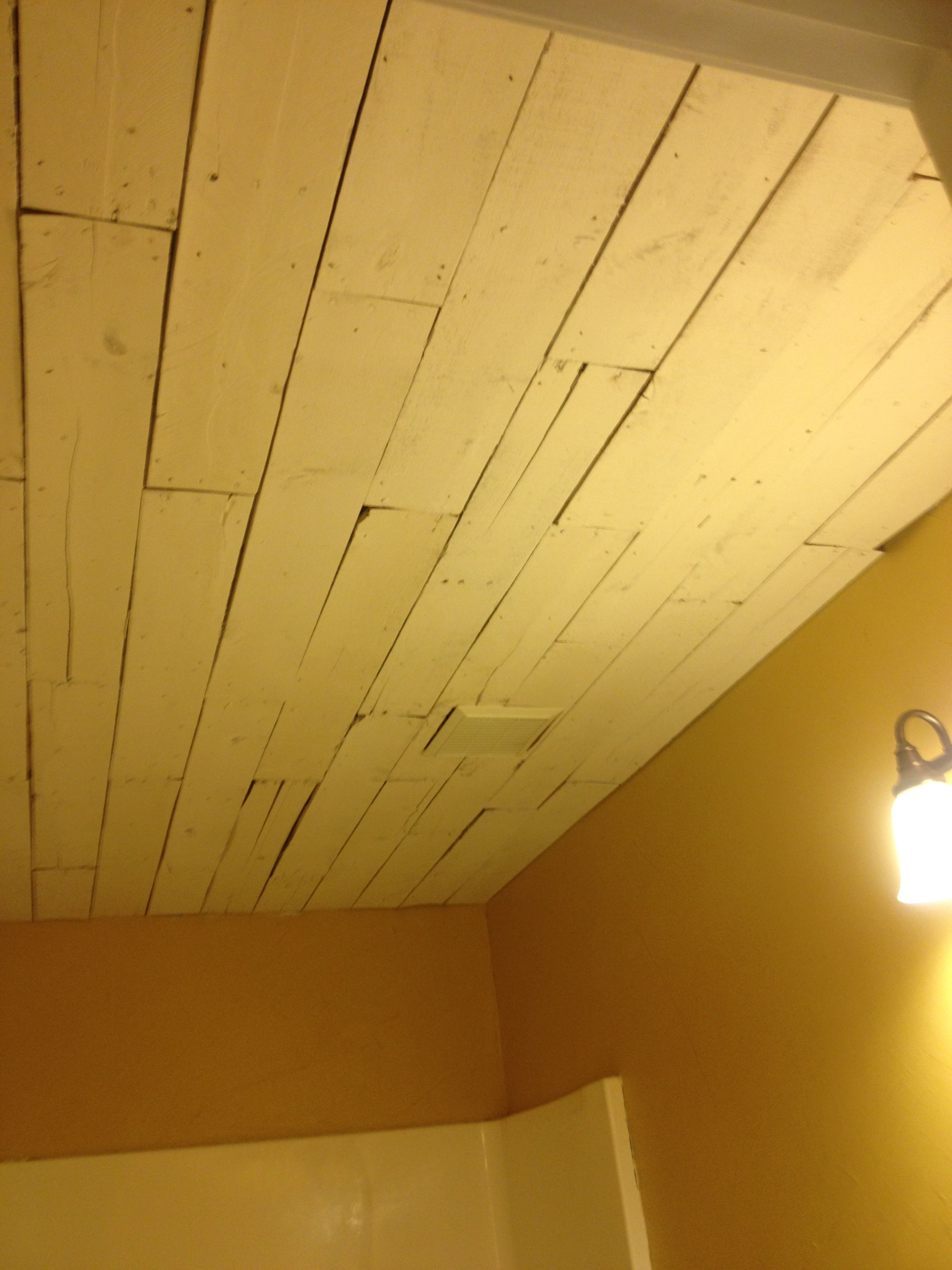 Pallet ceiling! | Pallet wall | Pinterest | Pallet ceiling, Ceiling ...