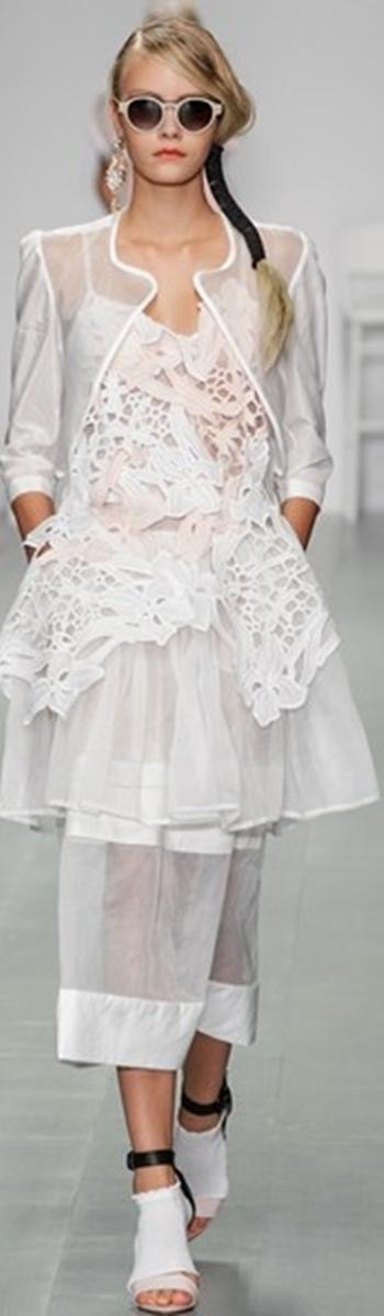 Bora Aksu Spring Summer 2015 London Fashion Week