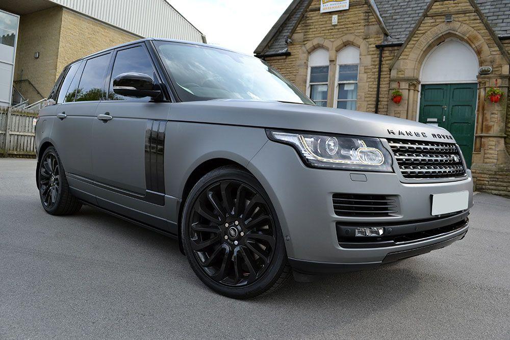 Photo of Range Rover Vogue Matte Grey Metallic – Reforma UK