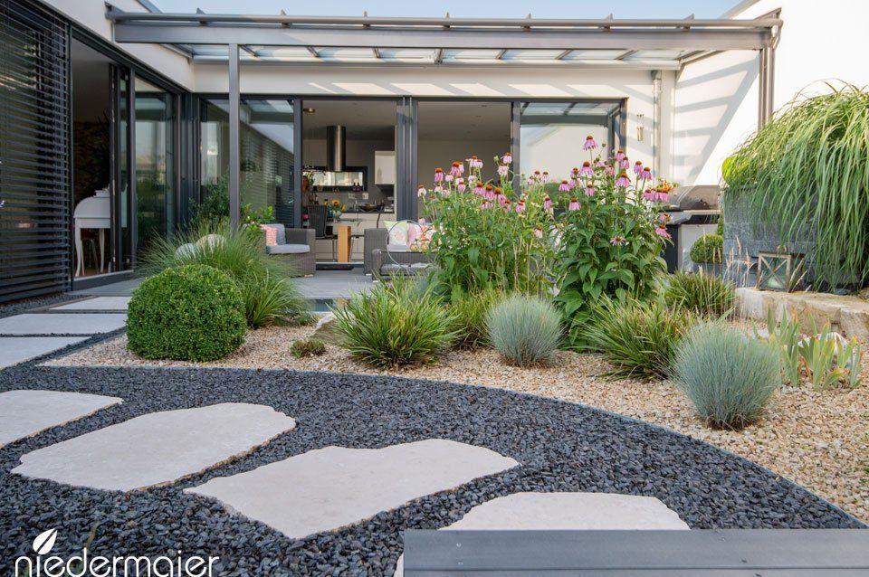 Atriumgarten Gartendesigns Niedermaier Garten Amp Freiraume Gmbh Purfing X2f Vaterstetten Bei Munchen Atriumgarten Garten Garten Design