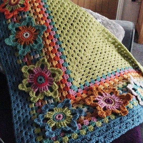 Susan Pinner: ARAN WEIGHT BATIK. Granny Shawl pattern #grannysquareponcho