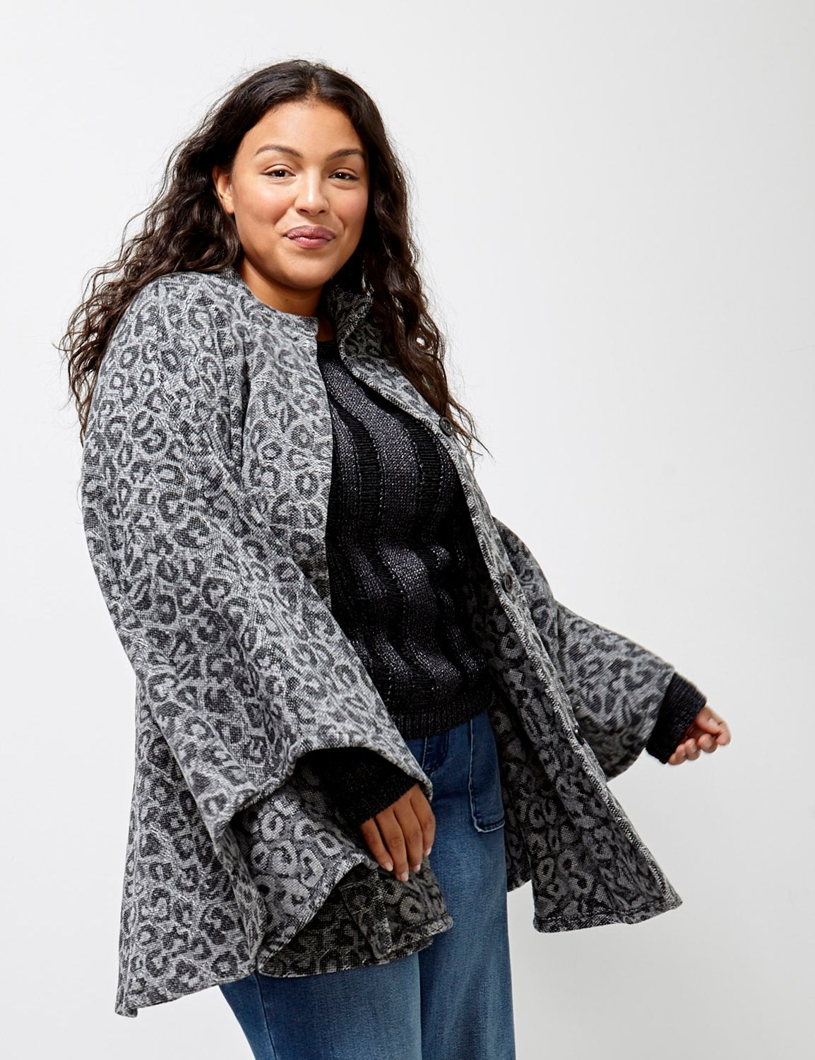 6th Lane Animal Print Cape Original Price 129 90 Available At Maurices Plus Size Winter Jackets Plus Size Outerwear Cheetah Print Dress [ 1500 x 1154 Pixel ]