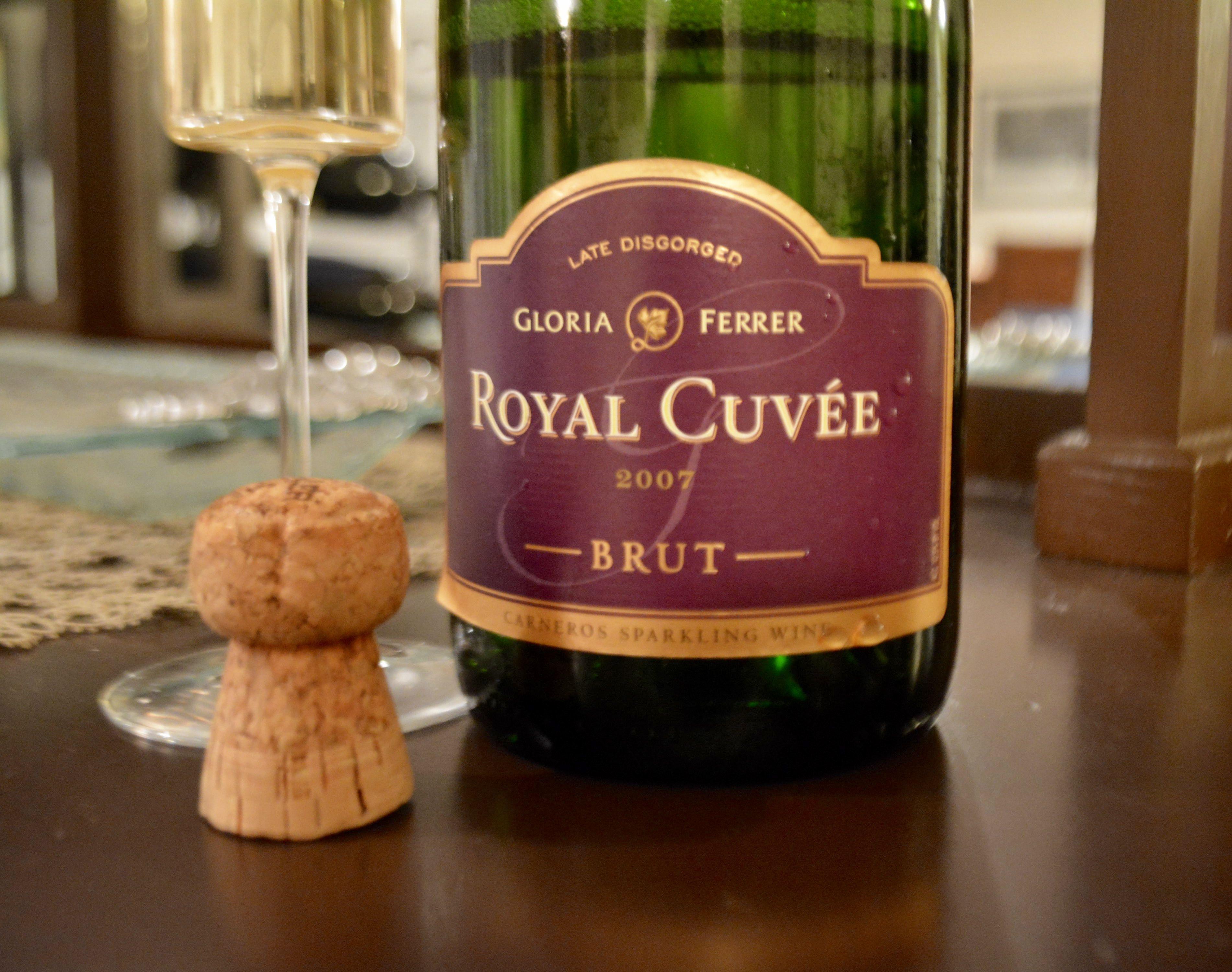 Wine Wednesday Gloria Ferrer Royal Cuvee Brut 2007 Pinot Noir Grapes Wine Bottle Wine Wednesday