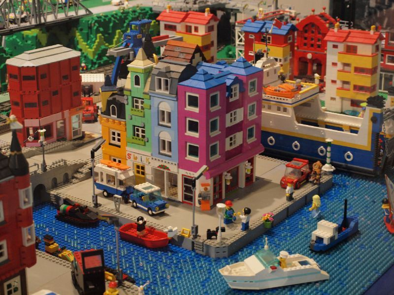 Pin by legomaniac23 on Lego   Pinterest   Legos, Lego building and ...