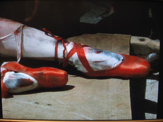 *The Red Shoes (1948) Anton Walbrook, Marius Goring, Moira Shearer - Directors: Michael Powell, Emeric Pressburger IMDB: A young ballet dancer is torn between the man she loves and her pursuit to become a prima ballerina.