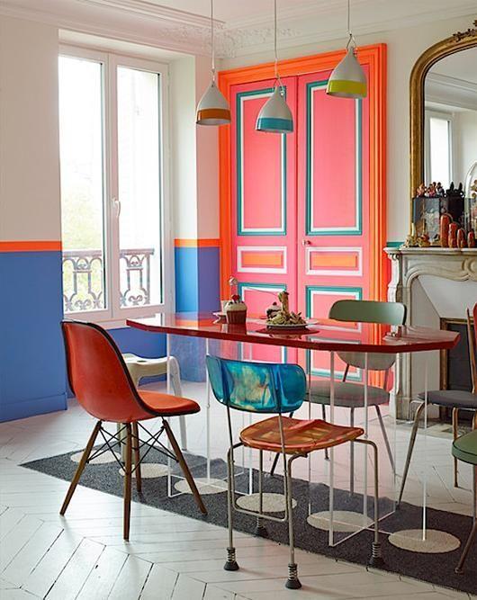 yaratici renk kullanimlari dekorasyonda fosforlu turuncu pembe mavi - designermobel einrichtung hotel venedig