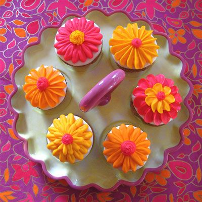 bright summer flower cupcakes