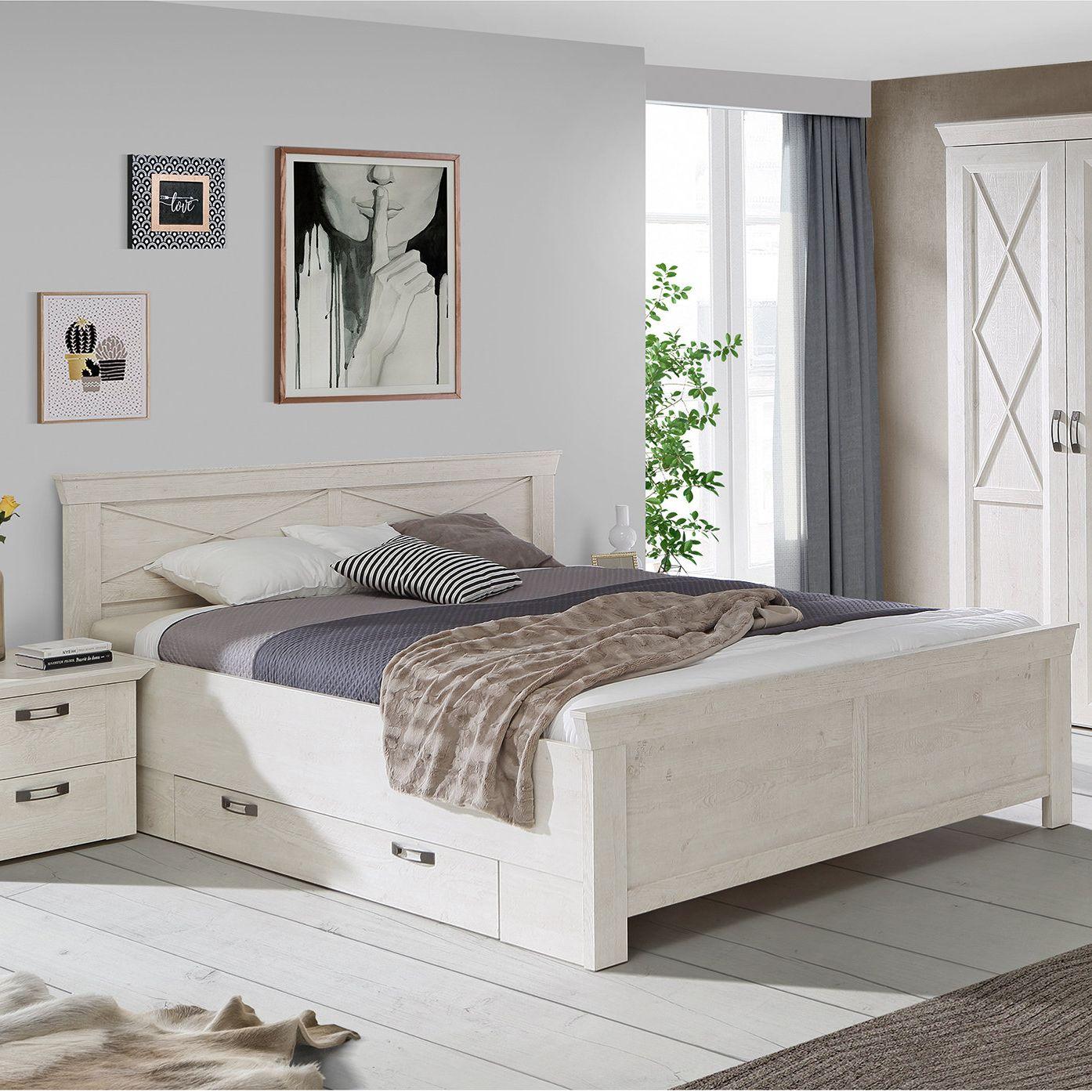 Das Bett KASHMIR in weißer Pinien Nachbildung und mit