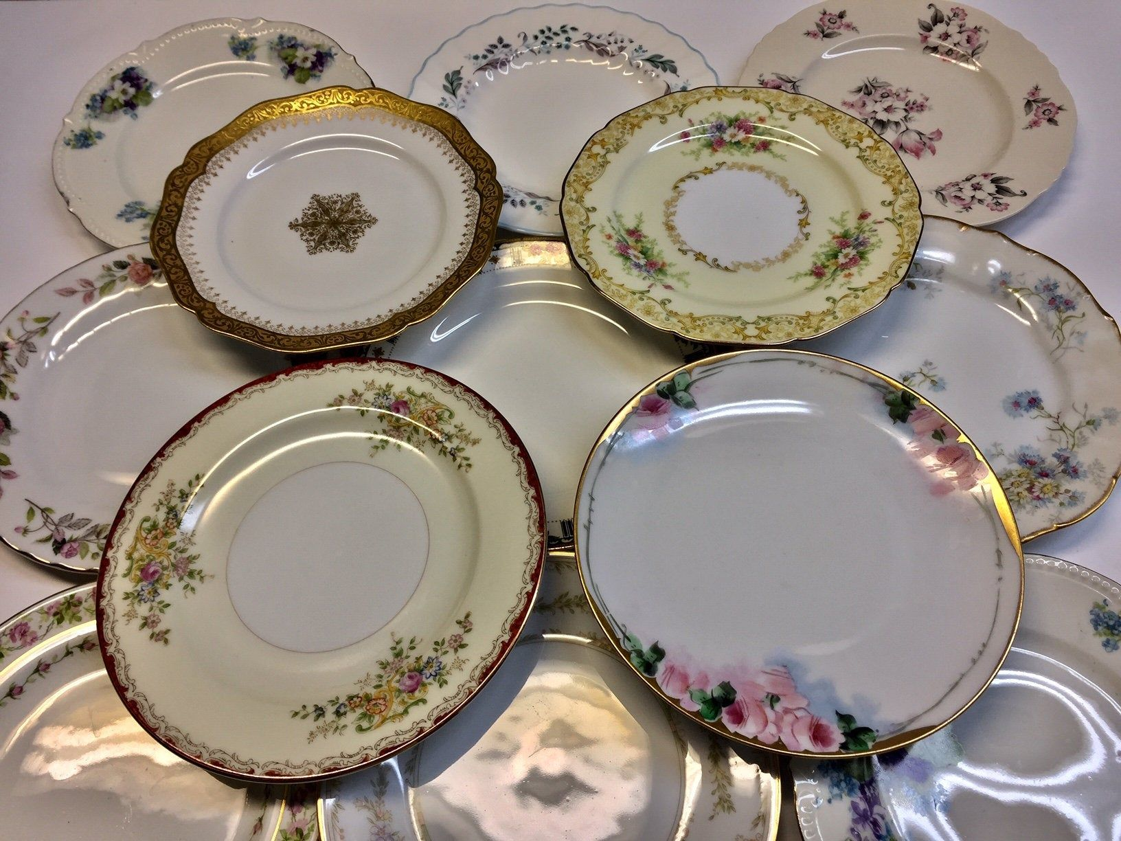 Vintage set of 10 Lovely Bread Dessert Plates Holiday Dining Entertaining 1920/'s to the 1960/'s Eclectic Tea Party Mix and Match Mismatched