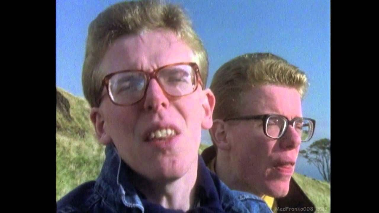The Proclaimers   Letter From America (1987) (HD) | Music Video