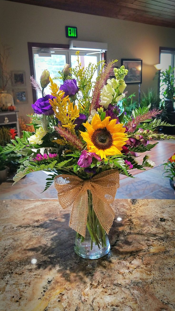 floral   Fresh flowers arrangements, Flower vase ...