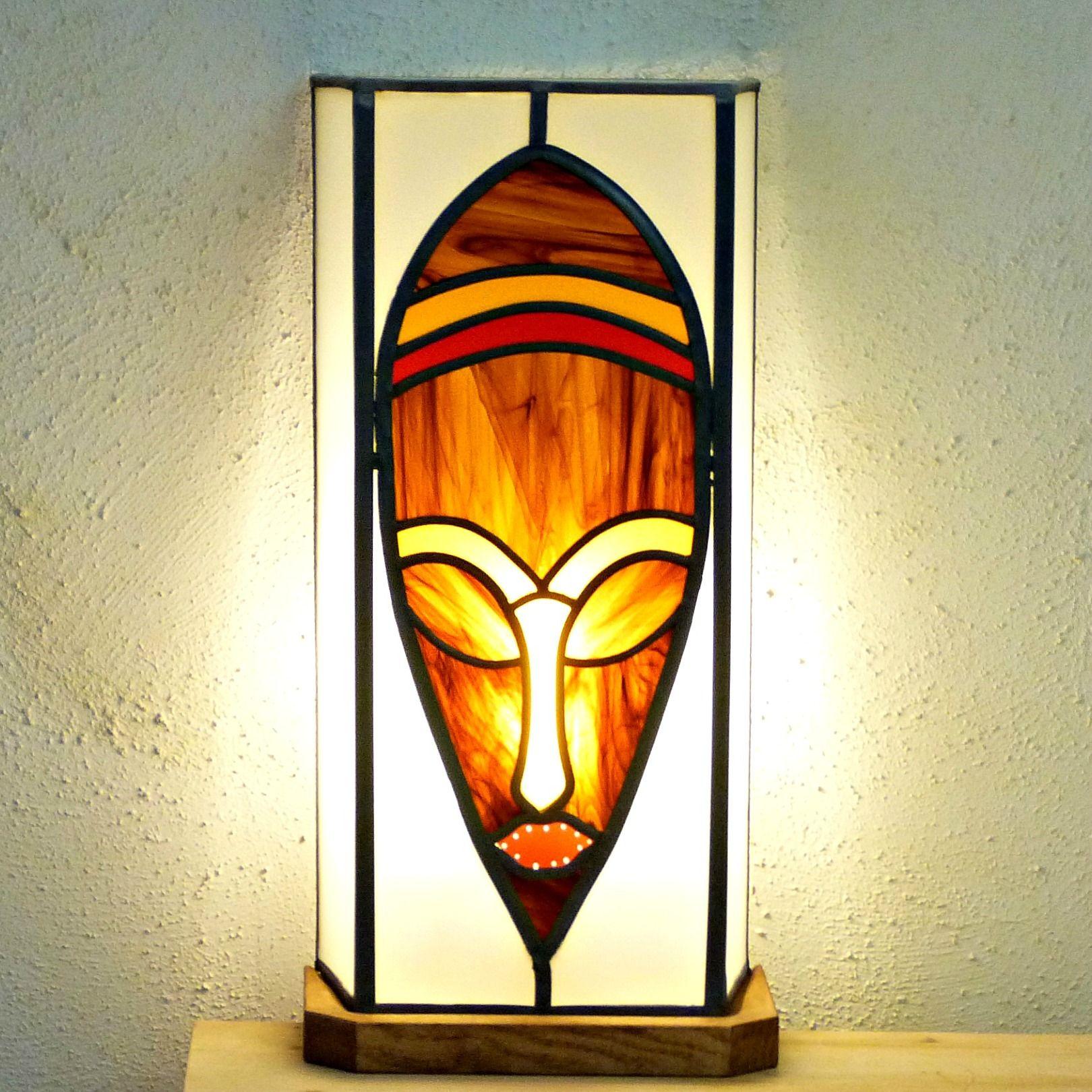 luminaire vitrail masque africain vitrail pinterest masques africains vitraux et masque. Black Bedroom Furniture Sets. Home Design Ideas