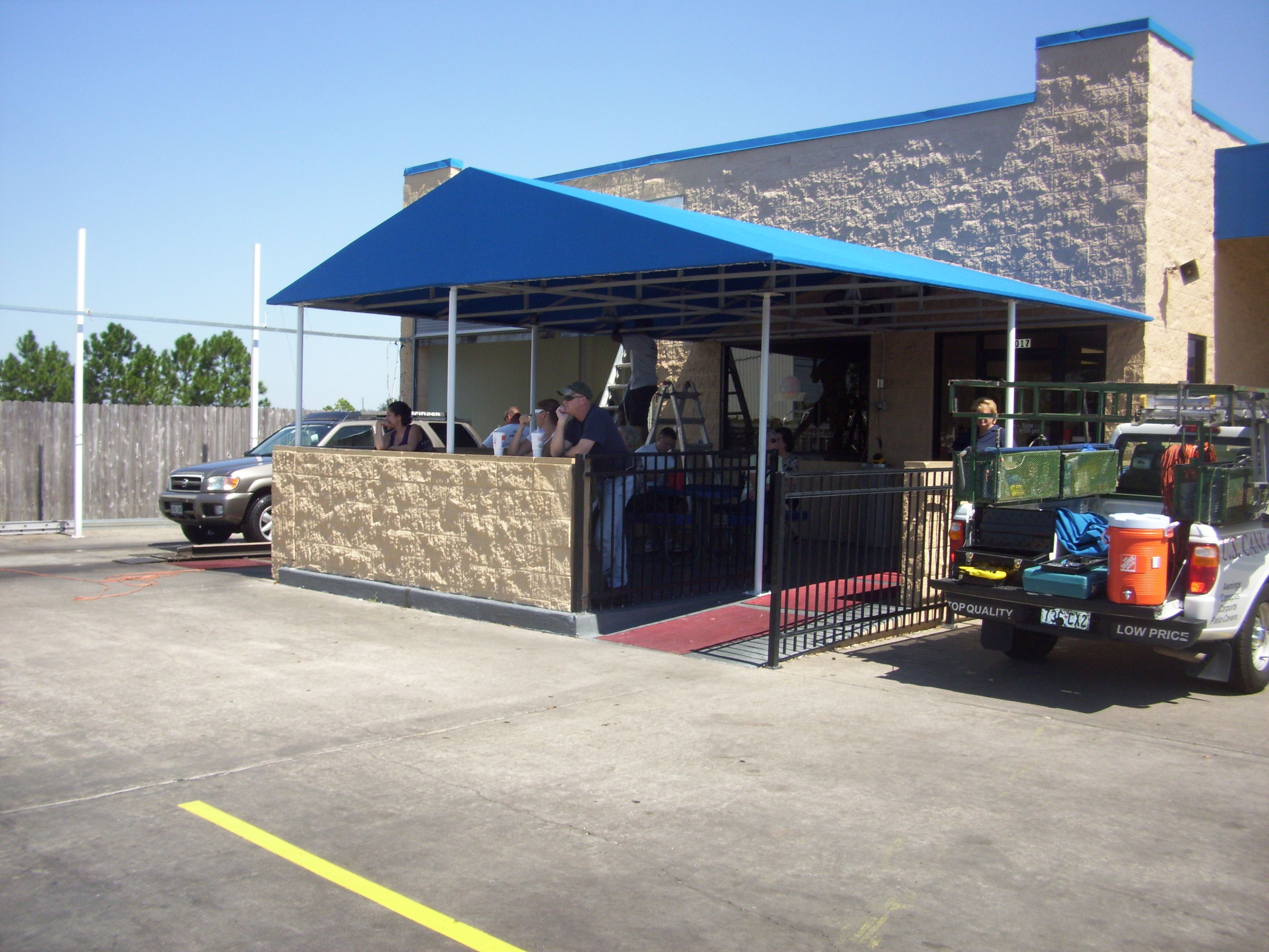 Yes We Fabricate Canopies For You To Stay In The Shade Awnings Canopies Shade Structure