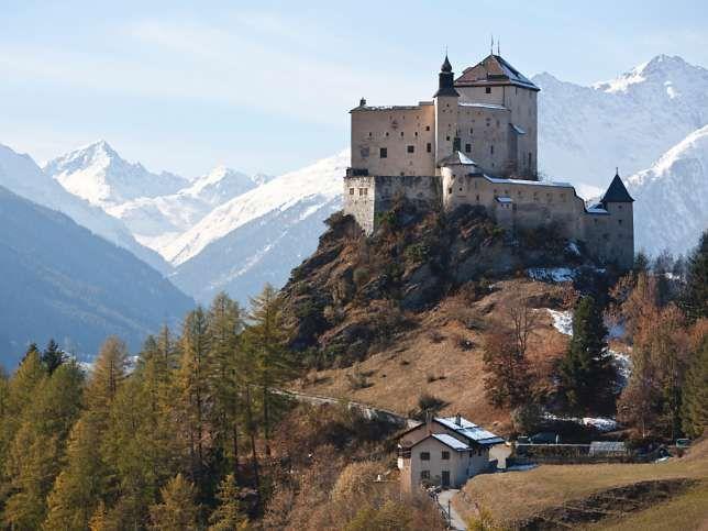 Unterengadiner Wahrzeichen Künstler Kann Schloss Tarasp