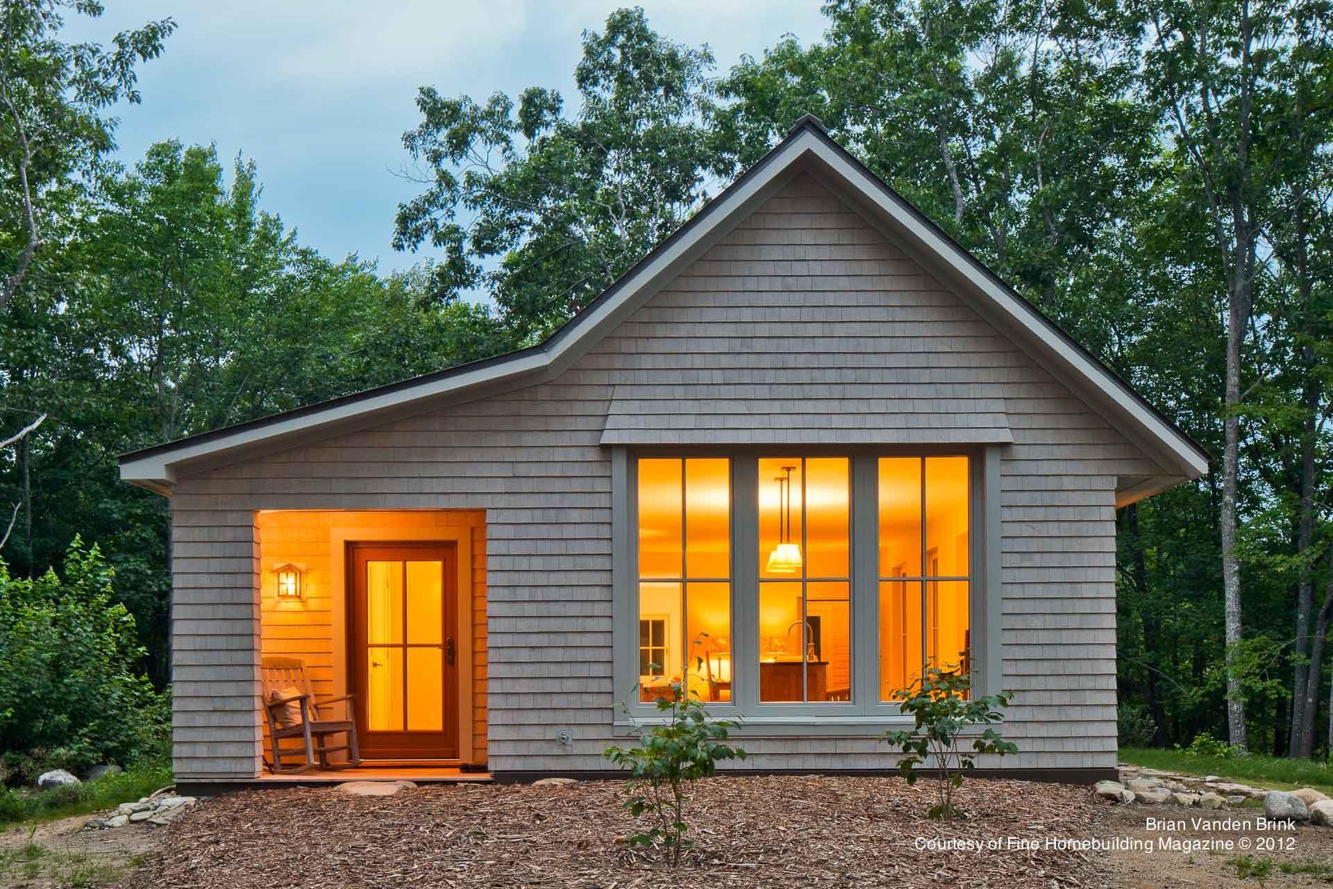 Go Home By Go Logic House On A Knoll 1000 Sq Ft Plan A Design Building A House 1000 Sq Ft House Prefab Homes